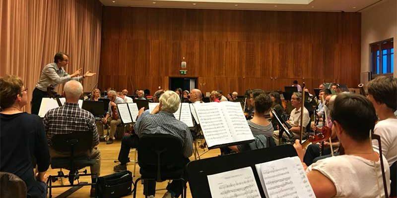 Hosszú idő után ismét Budapesten ad koncertet az Európai Orvosok Zenekara