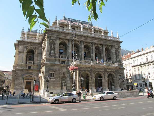 Három színtér házigazdája az operaházi RingFesztnek
