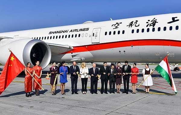 Megjött Budapestre a Shanghai Airlines első járata Kínából