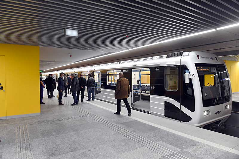 Átadták a 3-as metró modernizált déli szakaszát