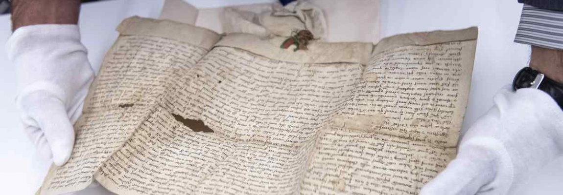 Az állam megvásárolta a Batthyány család okleveleit